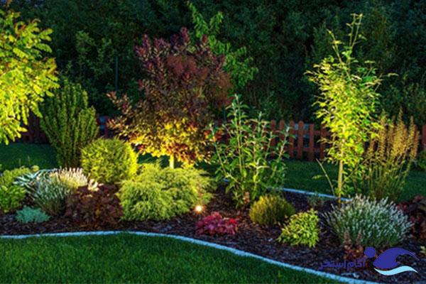 نمونه نور هالوژنی به باغچه ها